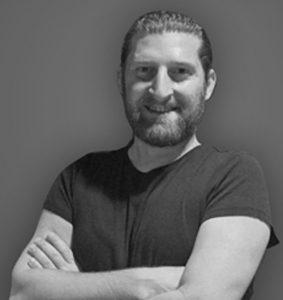 Eğitmenlerimizden Murat Şişman, Security Researcher - Uzmanlık alanı: Mobile (iOS) Security Researcher